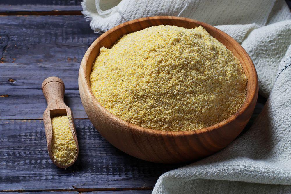 cornmeal in bowl