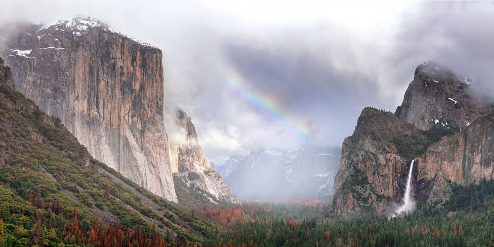 Yosemite National Park Tunnel View with Rainbow, California