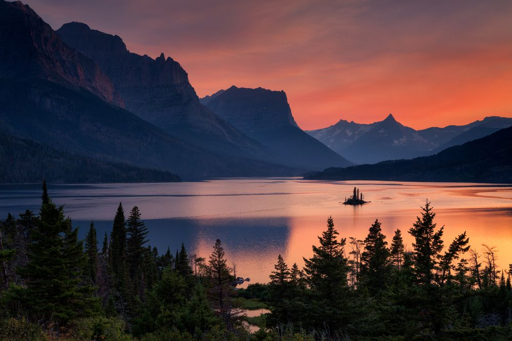 10 Best National Parks for Sunrises and Sunsets