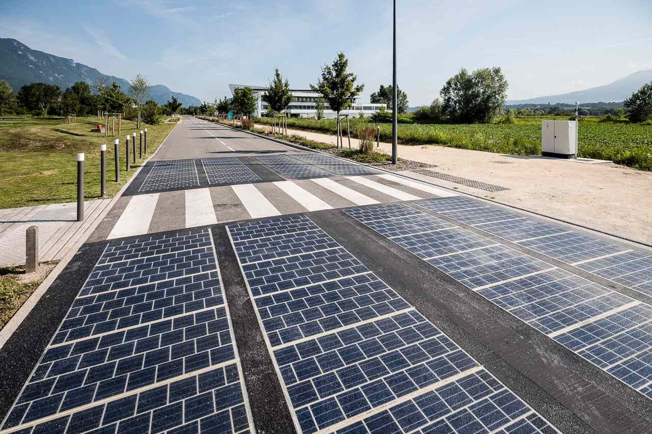 solar roadway empty