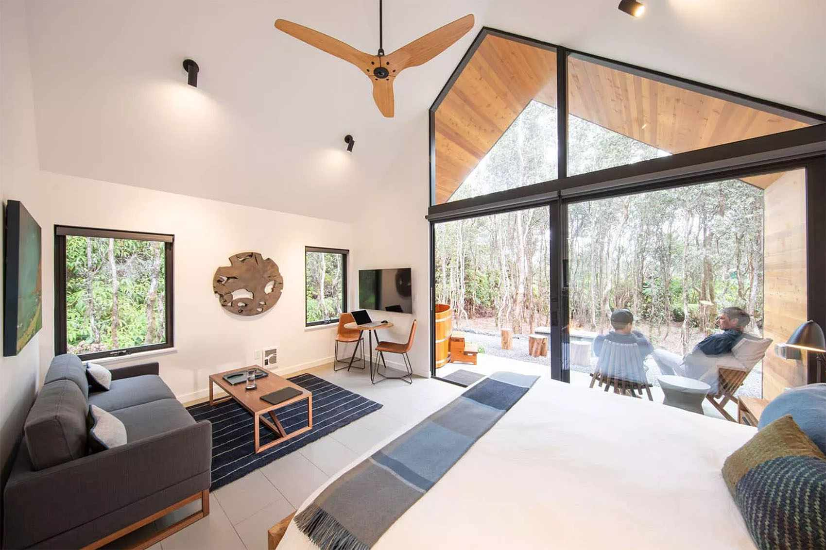 kuono cabin hawaii living sleeping room