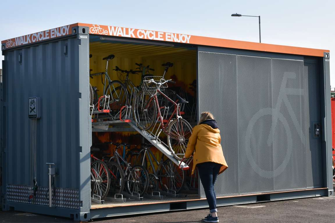 Cycle Hoop Container Hub