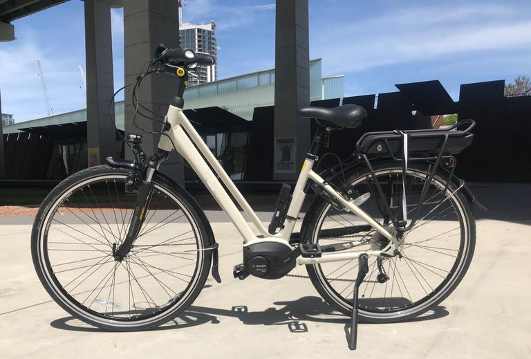 Las bicicletas eléctricas Gazelle estilo holandés comerán autos