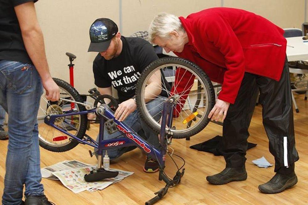 repair café bicycle