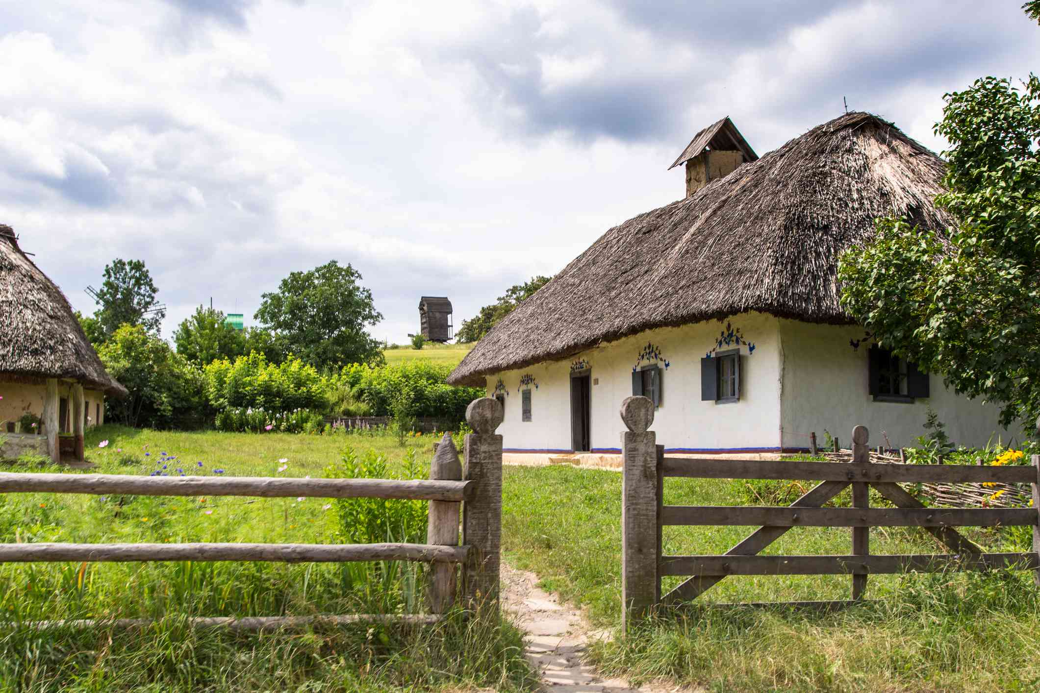 An english cottage.