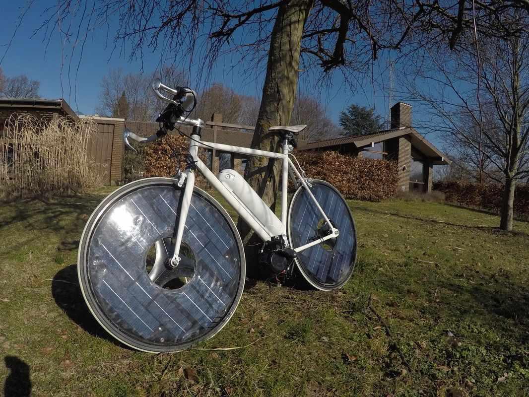 solar bike black