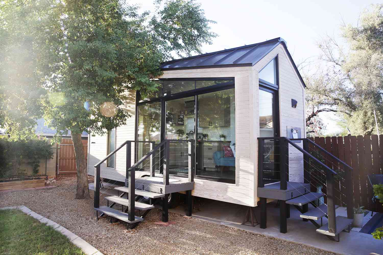 tiny house backyard