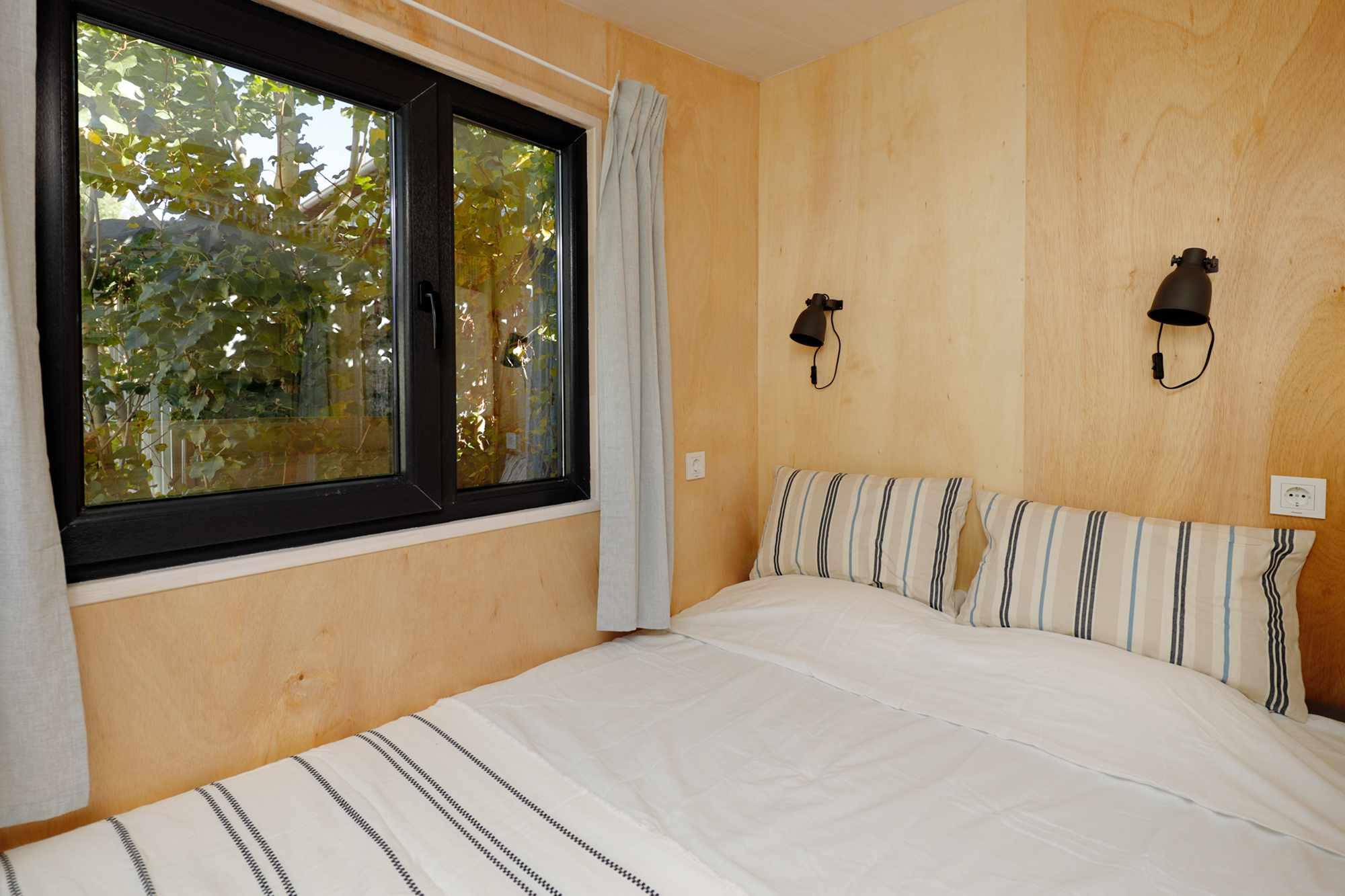 EBH 659 tiny house Ecobox Home Ltd. master bedroom