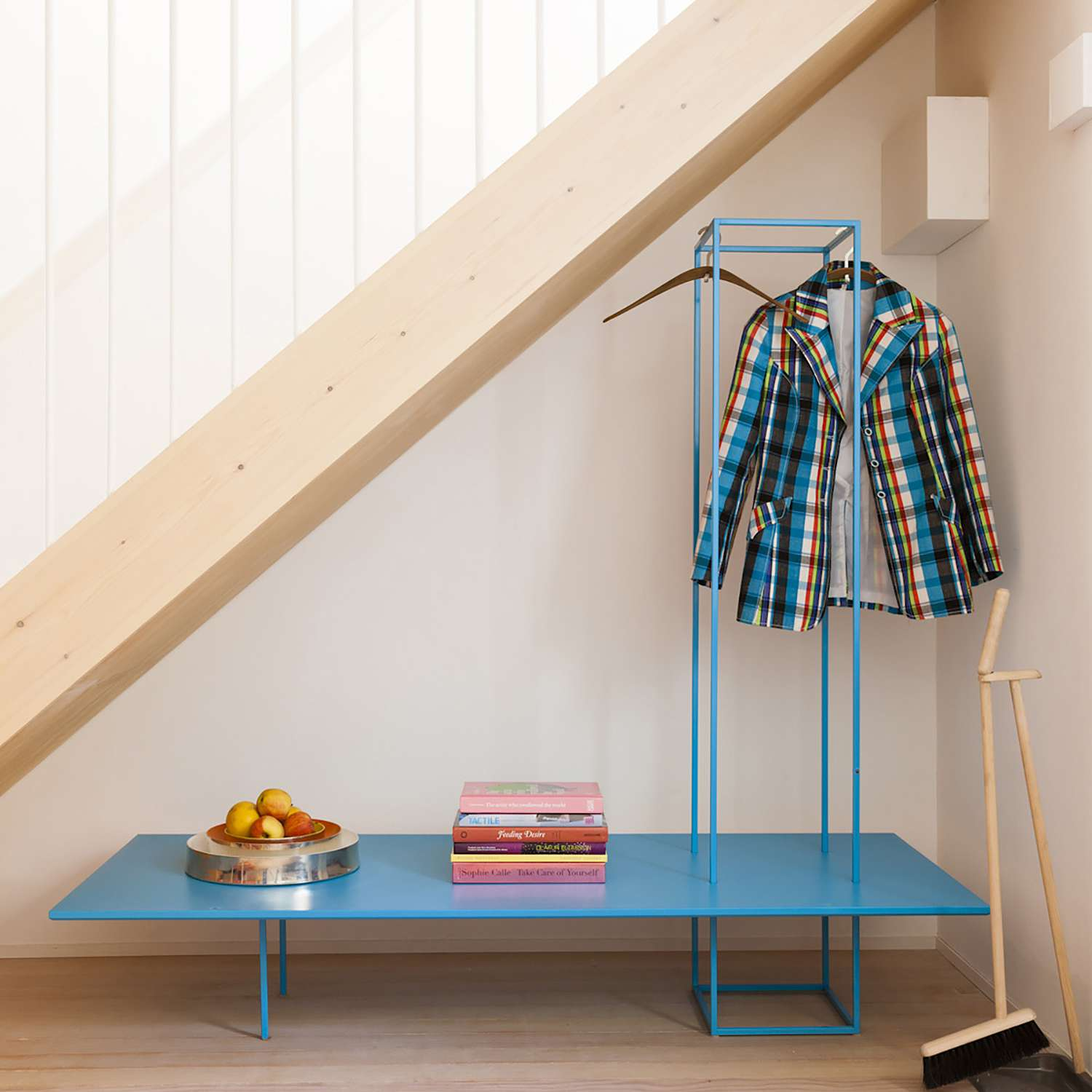 Small Townhouse Studiomama coat rack and bench
