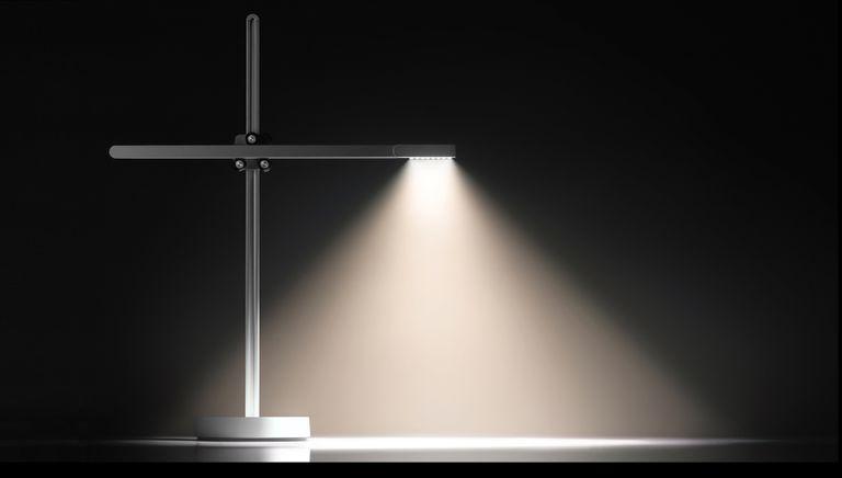 La lámpara de escritorio LED de Jake Dyson se iluminará más de lo que tú lo harás