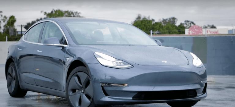 Las ventas de automóviles enchufables en EE. UU. registran el mes más alto en marzo