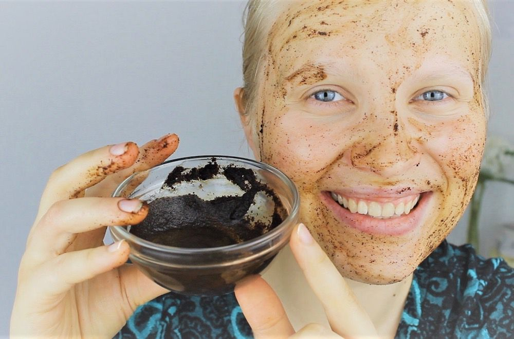 7 Natural Ingredients To Exfoliate Your Skin