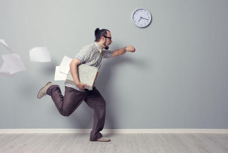 La paradoja del tiempo y la presión explica por qué nunca se dispone de tiempo suficiente