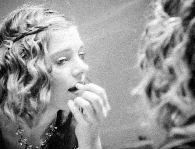 La exposición a sustancias químicas de las adolescentes se desploma después de cambiar a mejores productos de belleza