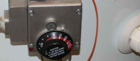 water thermostat image