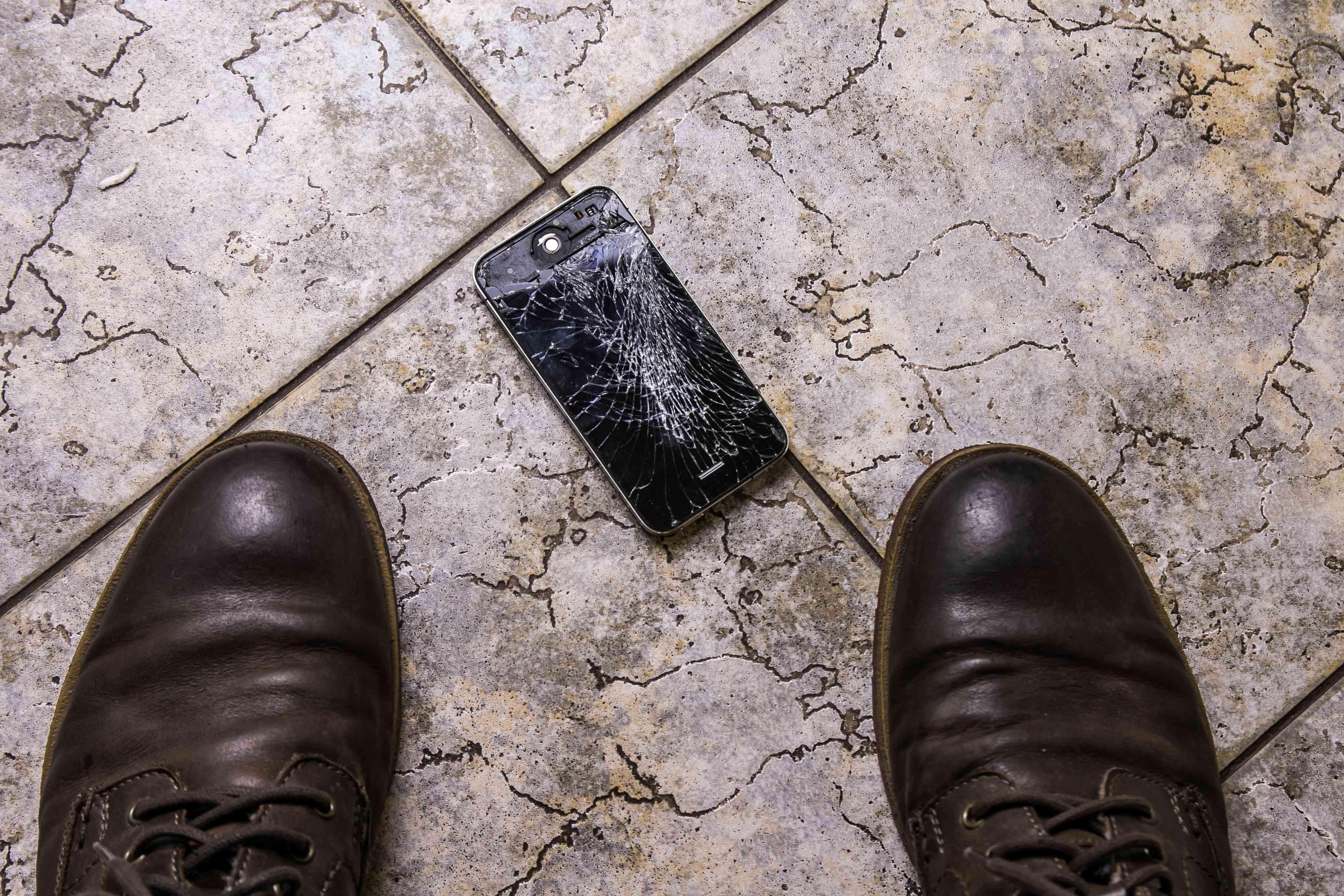 Apple recycling more broken iPhones