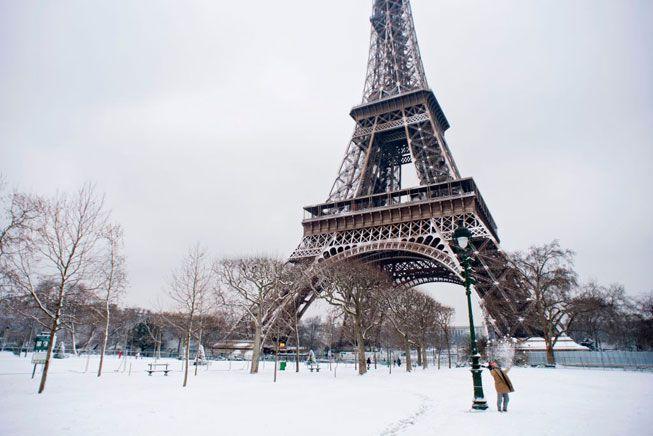 París no ha visto tanta nieve en 5 años