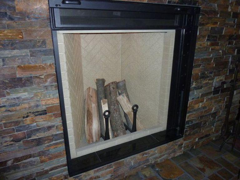 IDS12: El regreso de la chimenea Rumford como una casa prefabricada eficiente