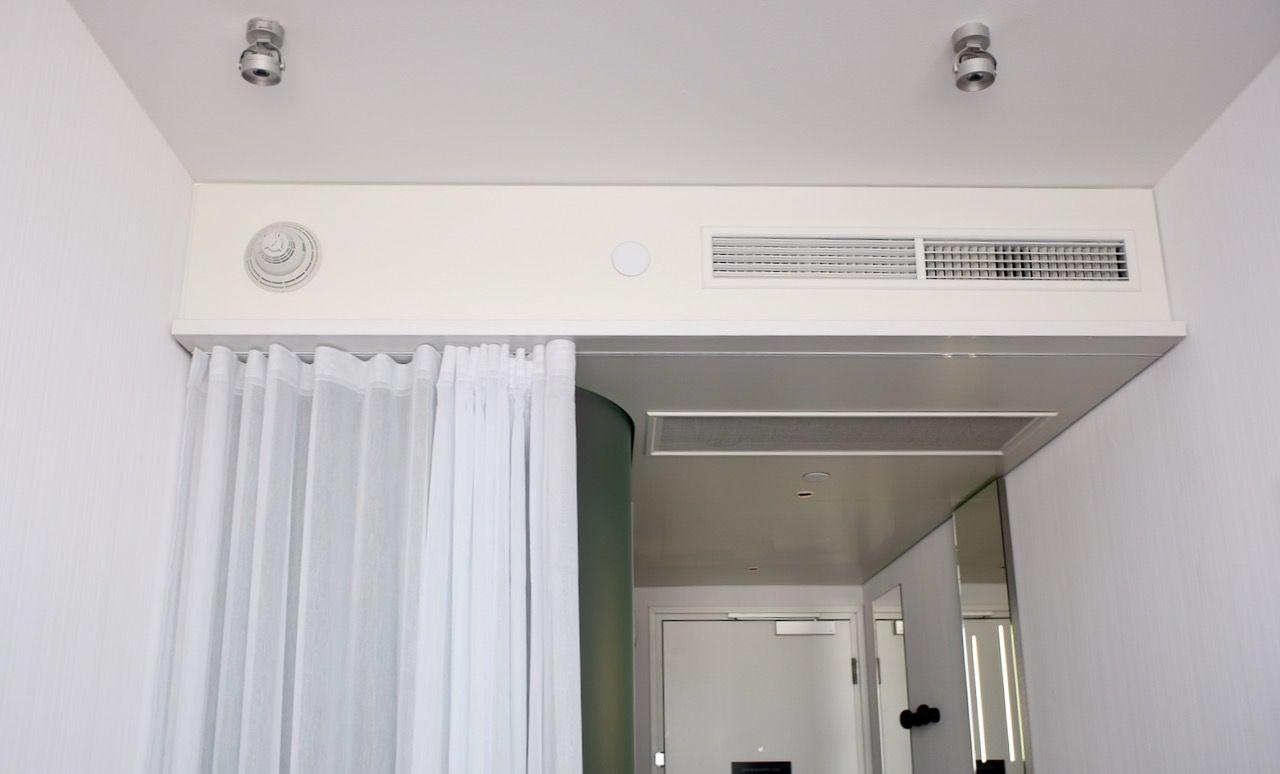 Citizen M ceiling