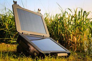 Renogy Phoenix solar briefcase