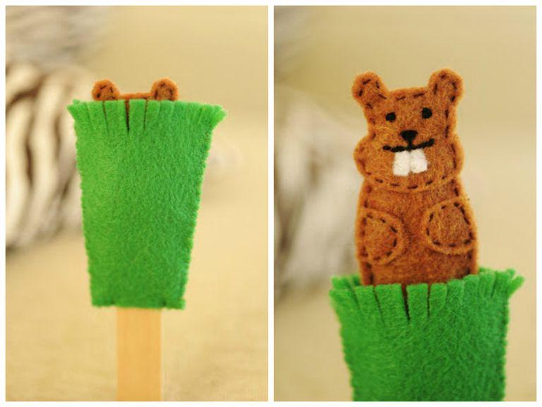 Groundhog finger puppet