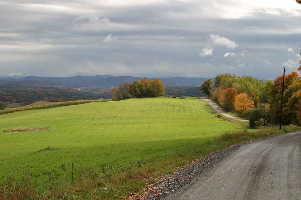 Dirt road, Vermont