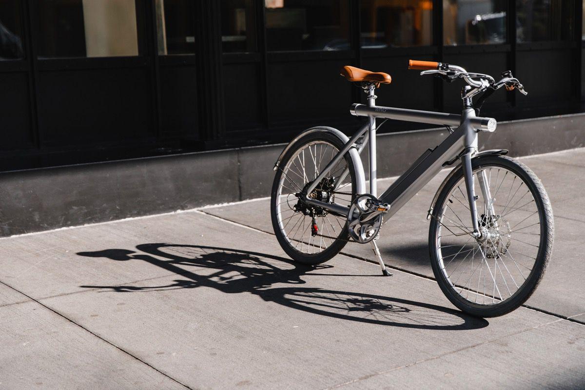 Wig bike leaning