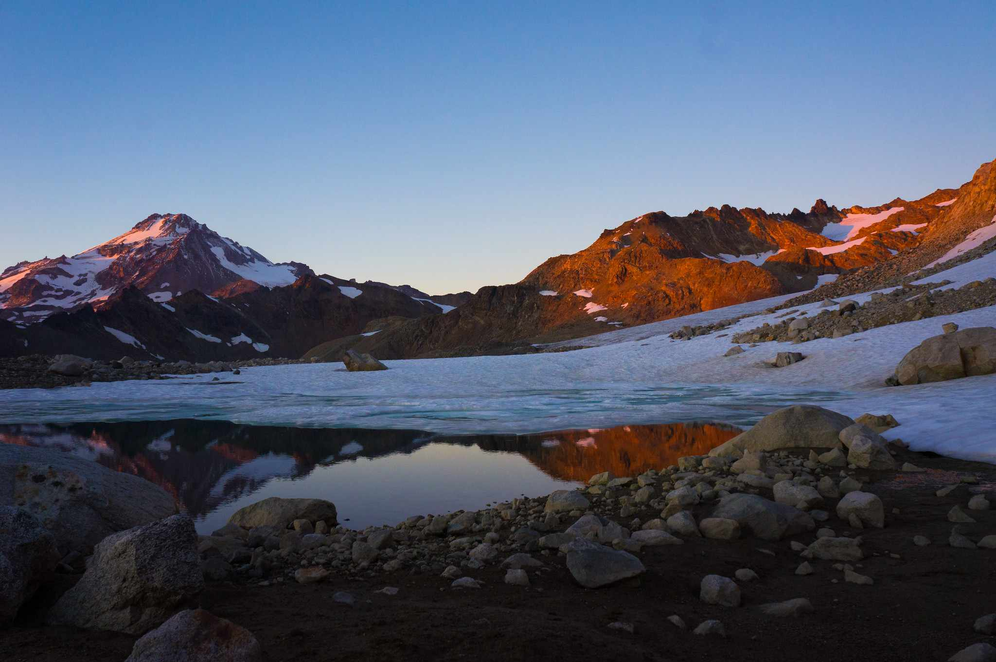 Alpenglow on White Chuck Glacier and surrounding peaks