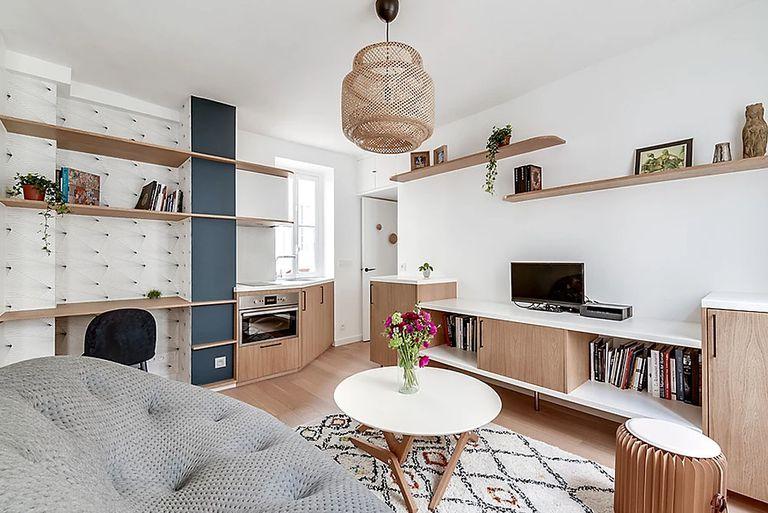 Compacto 322 Sq. Pie. Apartamento Estudio Transformado para Estudiante de Arte