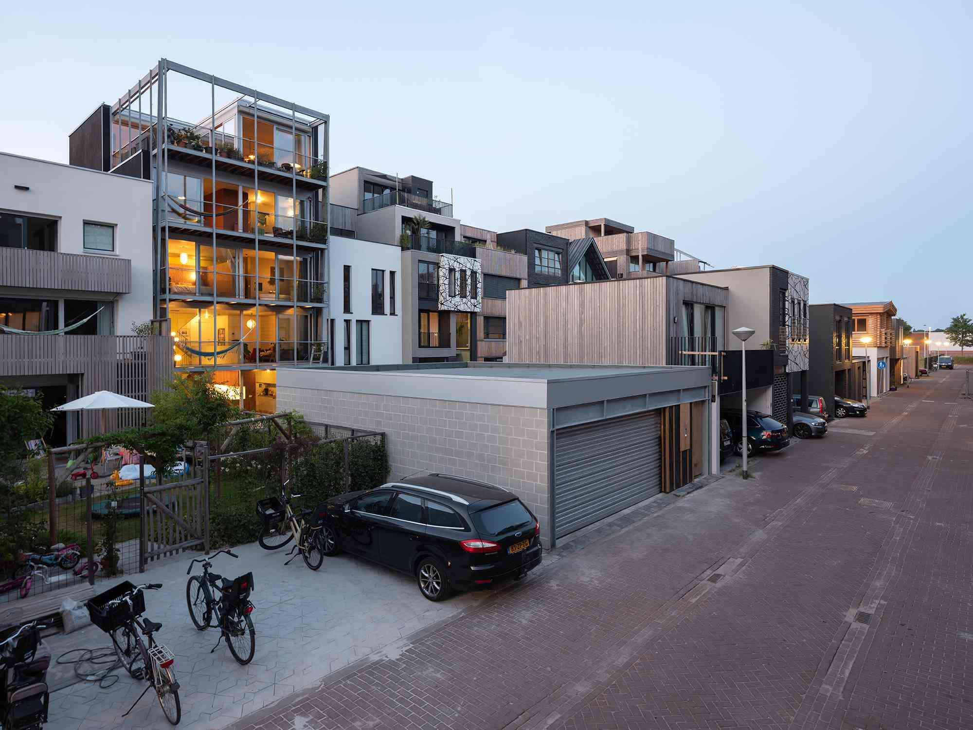 Three Generation House by BETA rear facade