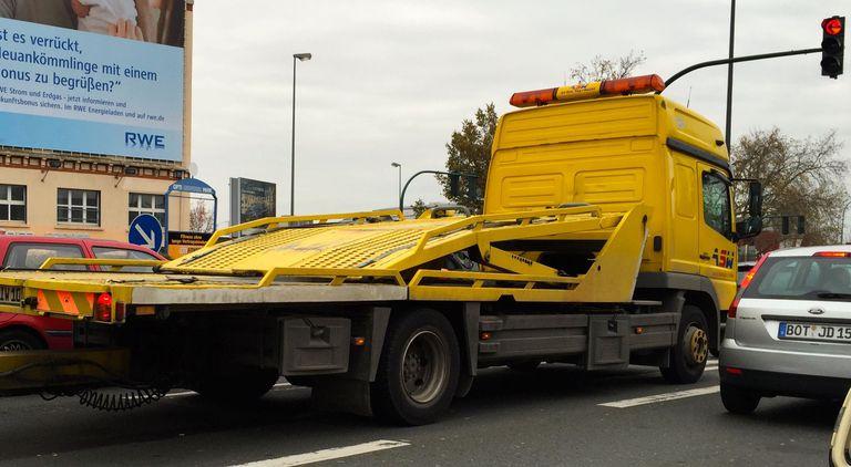 El gobierno canadiense rechaza una vez más los protectores laterales en los camiones