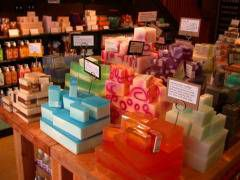 are soy candles safe - table of soy wax