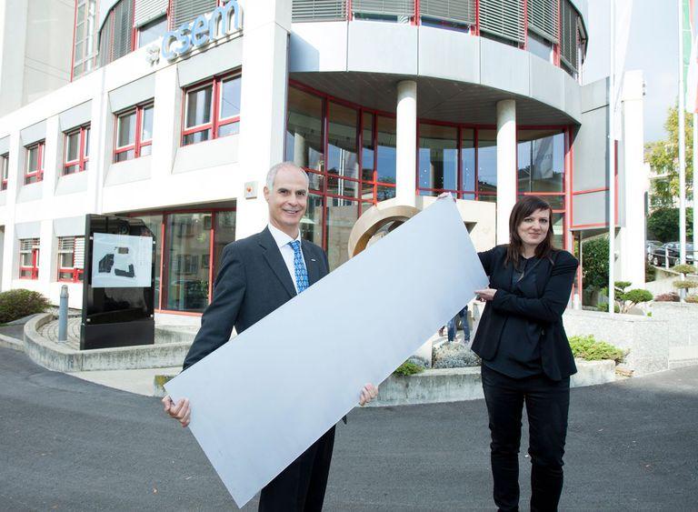 Los paneles solares blancos podrían mezclarse con los edificios y enfriarlos