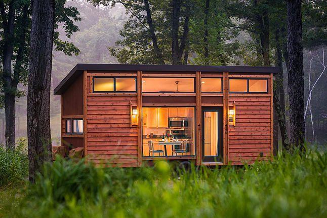 Arquitecto talentoso aborda la pequeña casa y presenta una mini joya