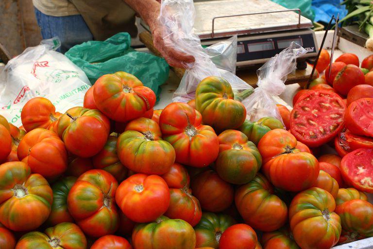 No ponga tomates en el refrigerador