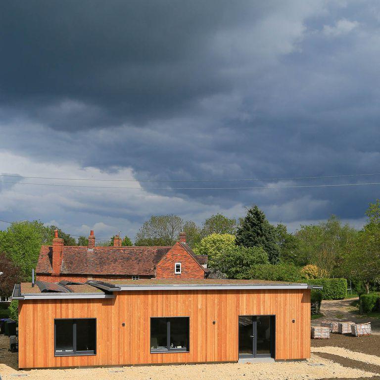 Larch Corner es una maravilla de madera Passivhaus que muestra cómo deberíamos pensar en el carbono