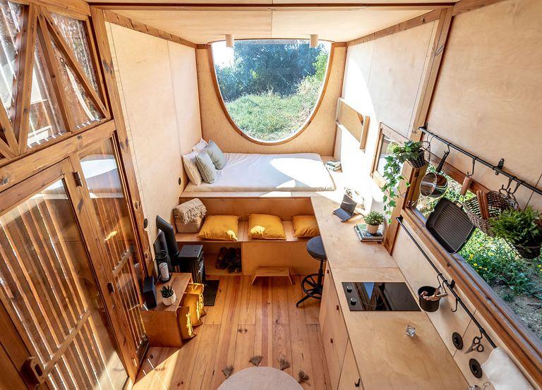 Ursa tiny house by Madeiguincho interior