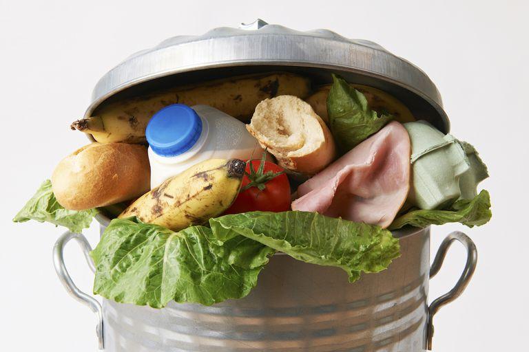 Los estadounidenses desperdician casi 1 libra. De comida diaria