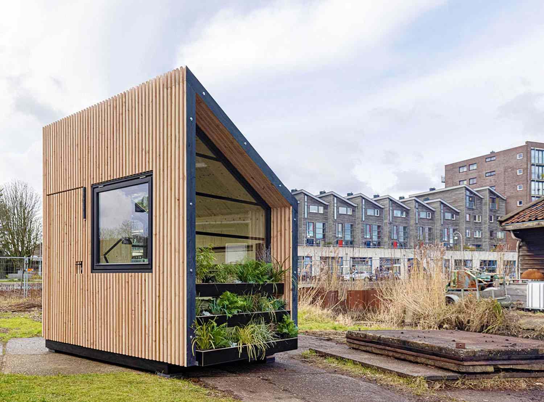 prefab cabin My Home Office / Jan Willem Kaldenbach