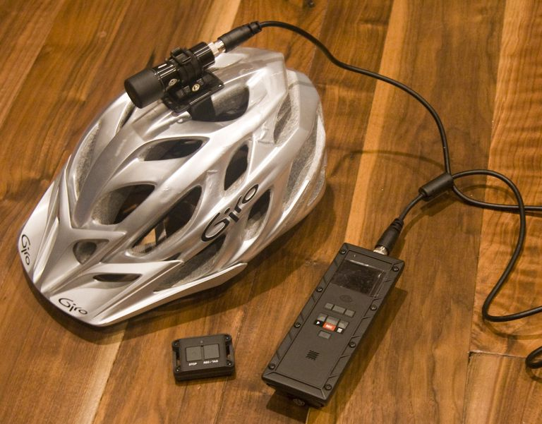 ¿Son las cámaras de los cascos 'cajas negras' para ciclistas?