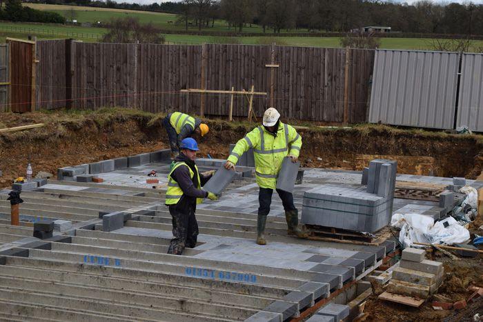 Installing block foundation