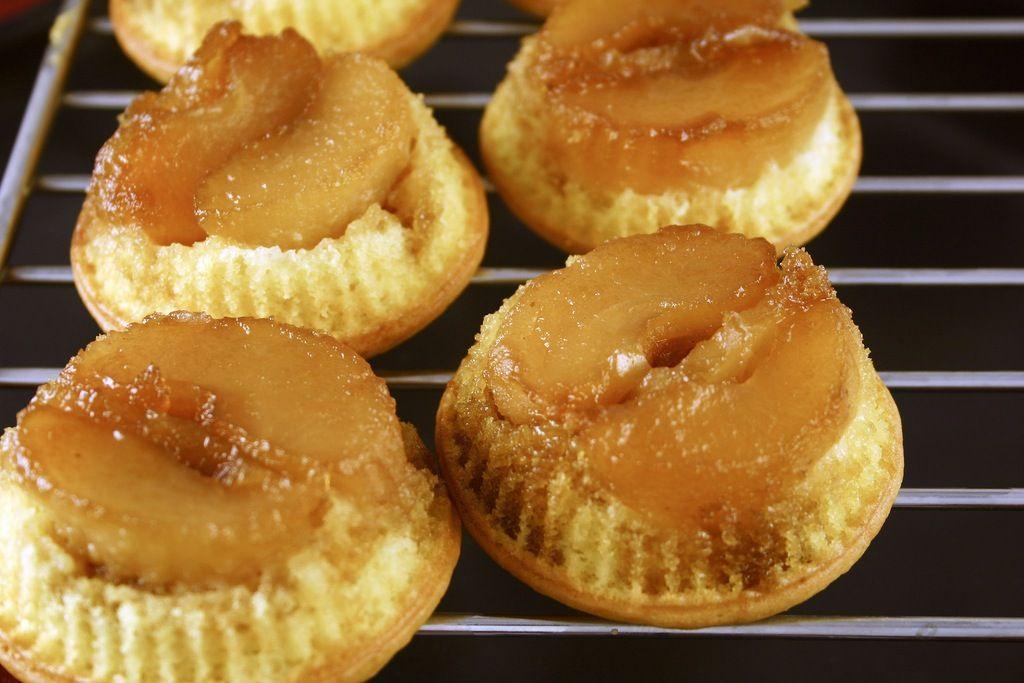 Upside down caramel apple cupcakes