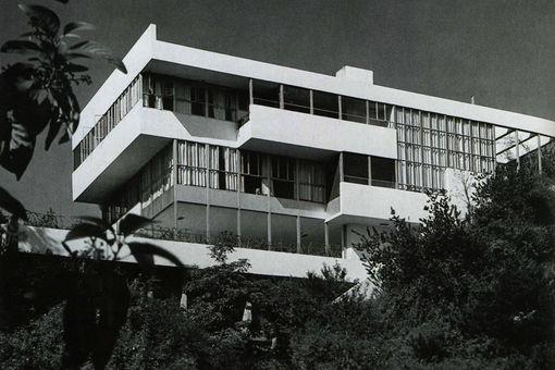 Lovell Health House, 1929