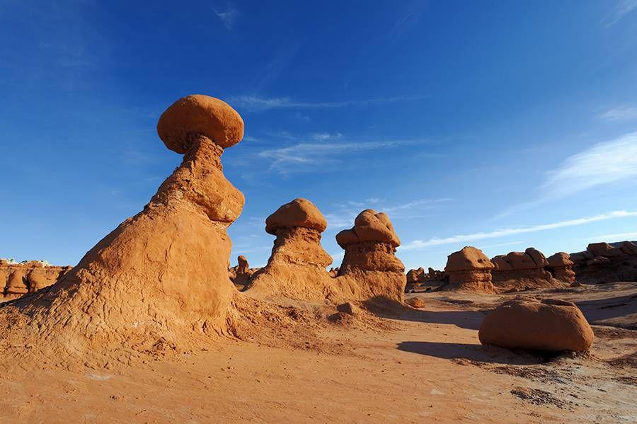 Mushroom-like hoodoos