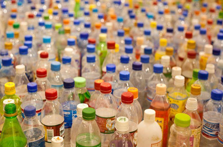 La solución a los plásticos de un solo uso es simple: prohibirlos