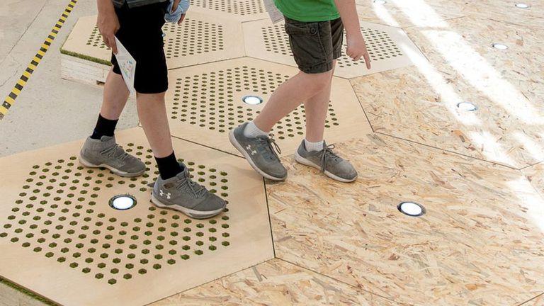 Sistema modular de pavimentación removible que permite a las ciudades reconfigurar rápidamente sus calles