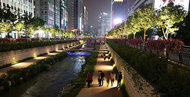 Seoul-UrbanRiver-stream.jpg