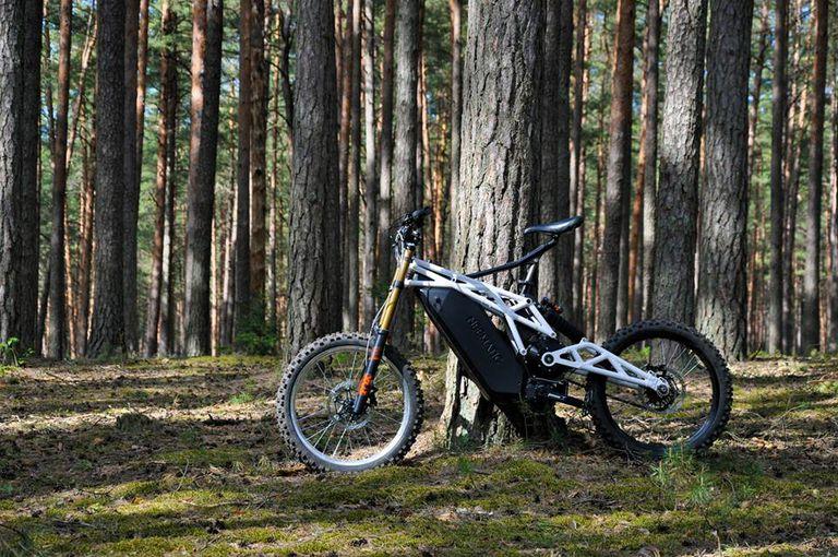El potente 50 Mph FR / 1 de Neematic rompe el molde de la bicicleta eléctrica