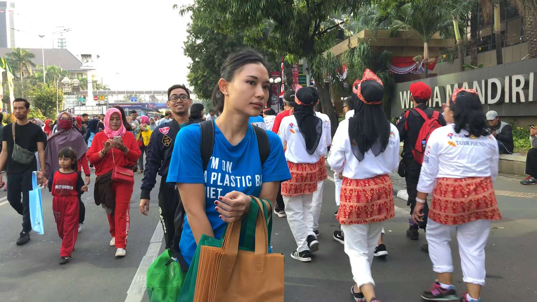 Tiza Mafira, activist