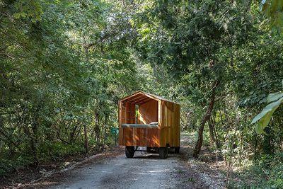 La Casa Nueva mobile diy camper JAG Studio exterior